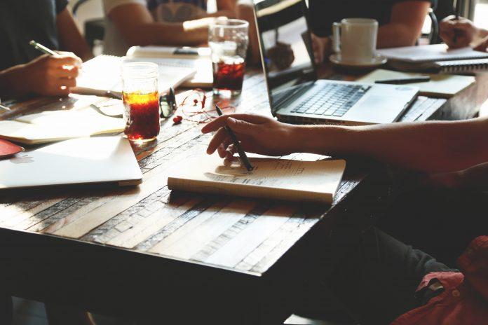 ecosistema educativo atraer el talento formacion tecnológica