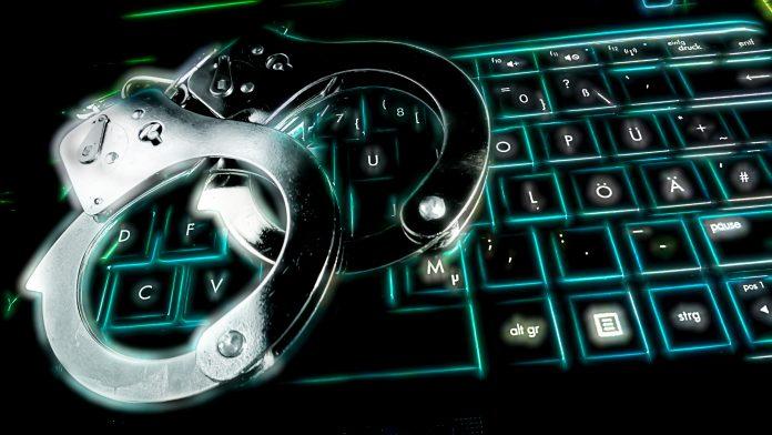 software pirata piratería digital