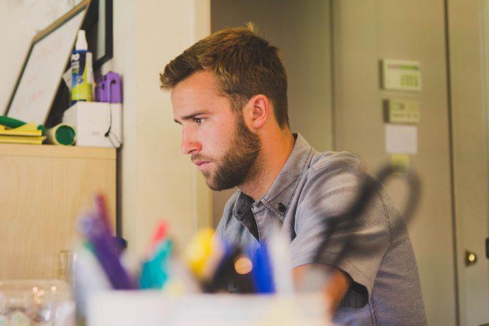 alta cualificación profesionales TIC trabajo flexible compromiso de los empleados empleo tic