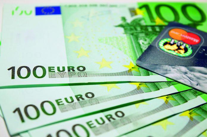 CFOs Dinero jm finn firma de inversión servicios financieros