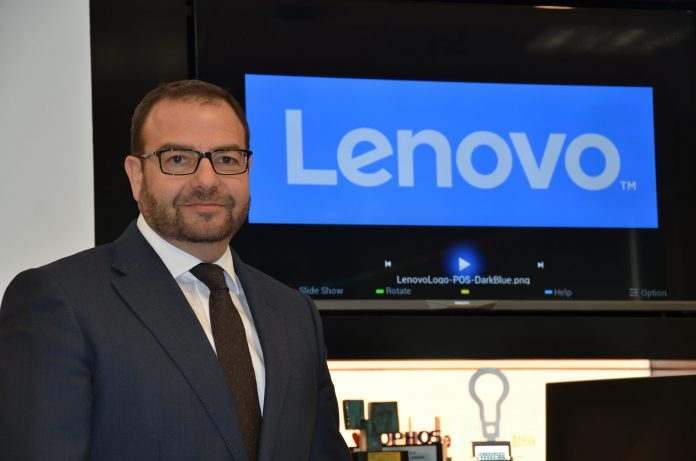 Ángel Ruiz, director lenovo data center