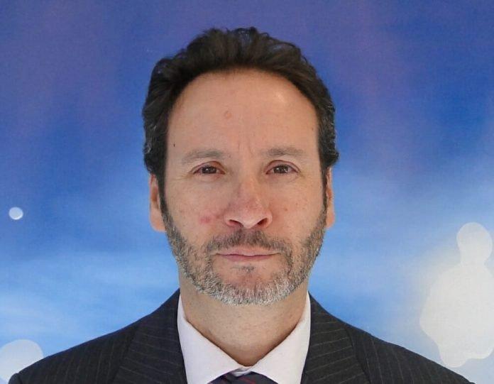 Rafael Alvariño horizontal bizhub evolution konica minolta