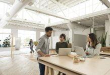 HP EliteBook 1050 lugar de trabajo