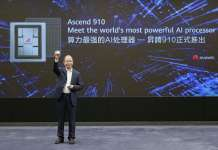 Eric Xu, Presidente Rotativo de Huawei, durante el anuncio del lanzamiento del procesador de IA Ascend 910 y la plataforma de computación de IA MindSpore