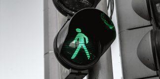 protección digital seguros semáforo