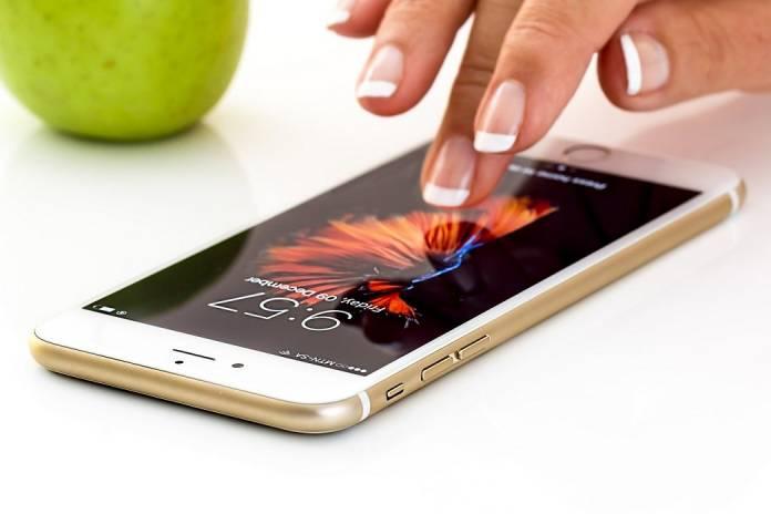 iPhone 11 sin puertos