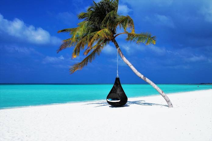 turismo sector turístico web productos TIC para el verano