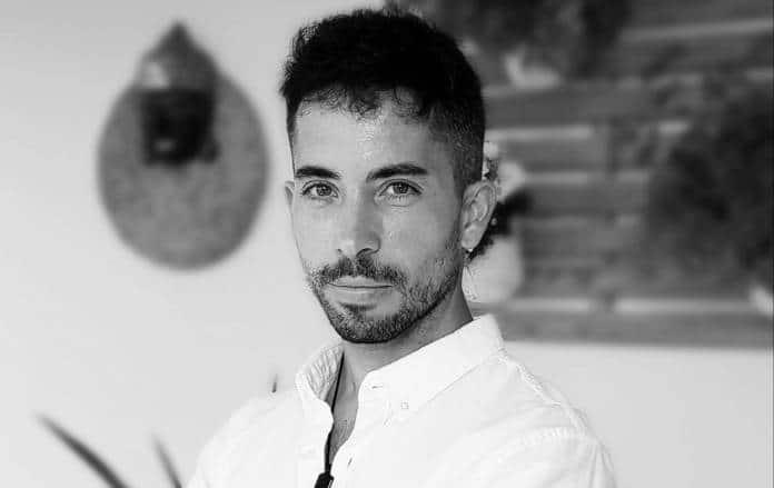 Adrián Moreno